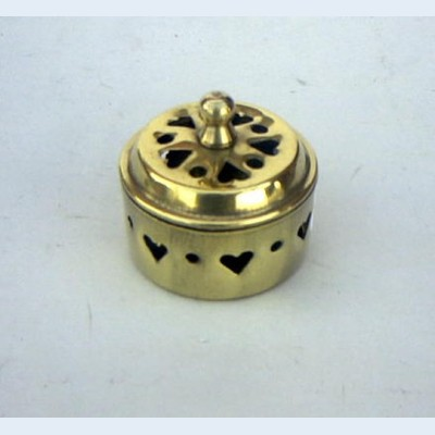 BR23034 - Solid Brass Perforated Heart Box