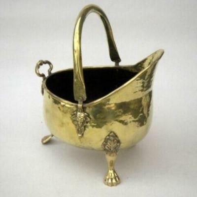 BR4032 - Coal Bucket