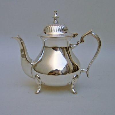 SP4032 - Silver Plated Tea Pot